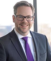 Dr. Henning Lustermann