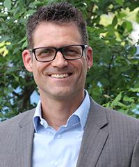 Dr. Gunter Mann