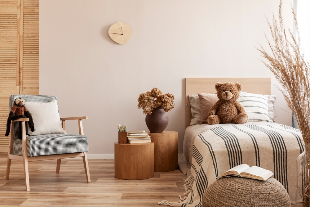 beige small room color