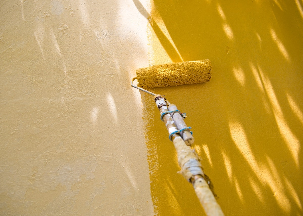 Stucco Painting a House