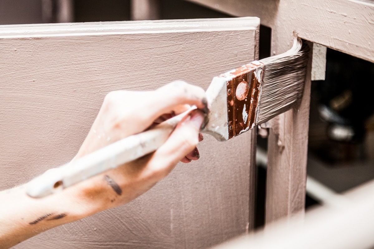 5 Reasons Why You Should Paint Kitchen Cabinets