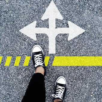 choose-the-right-direction-1536336__340