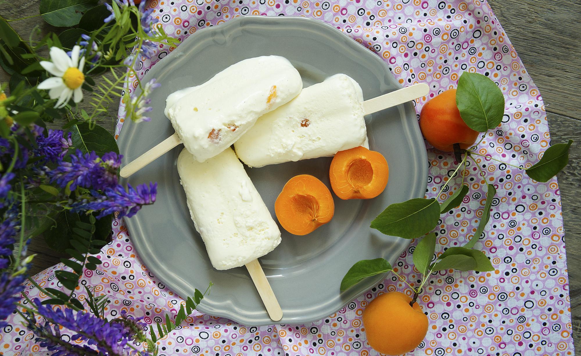 Peaches and cream pops|Peaches and cream pops|pops