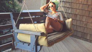 Porch-Girl