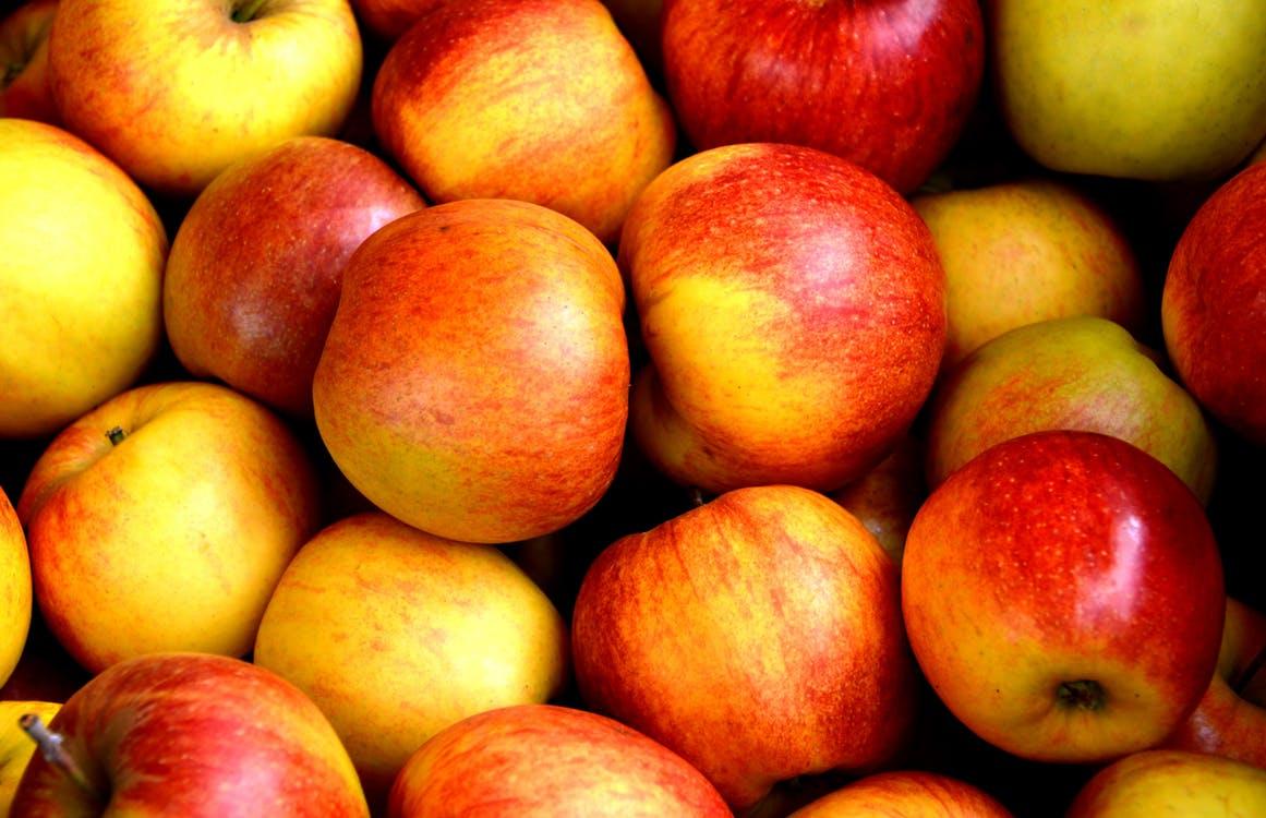 apple-fruit-fruits-delicious-162806