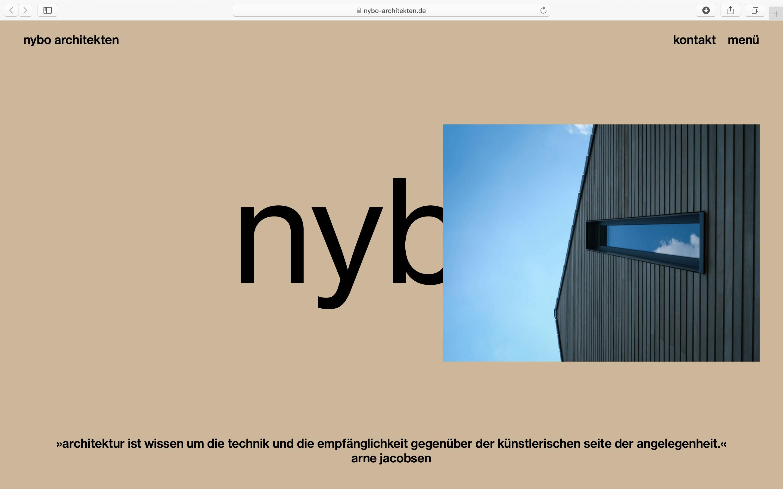 Fassadendetail und ein Zitat von Arne Jacobsen