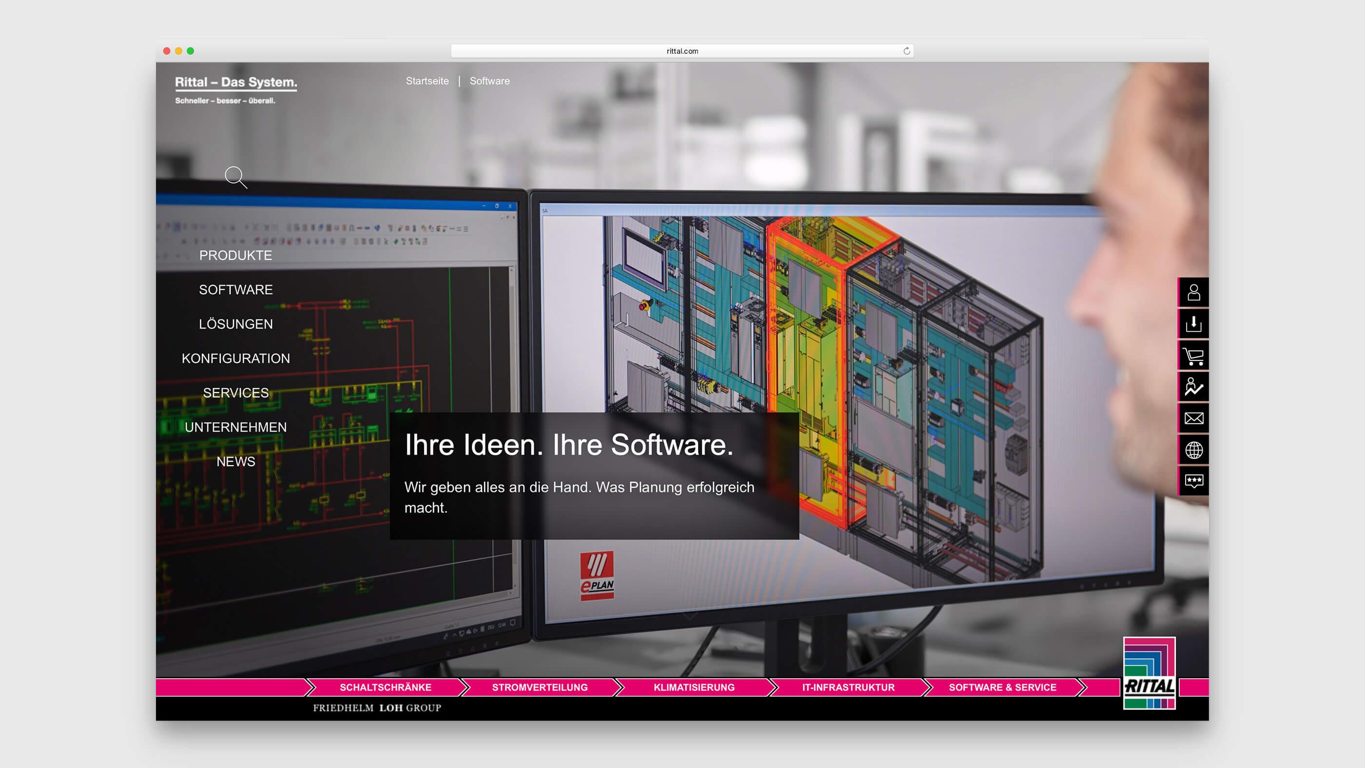 Mitarbeiter vor zwei Bildschirmen bei der Entwicklung einer Software-Lösung