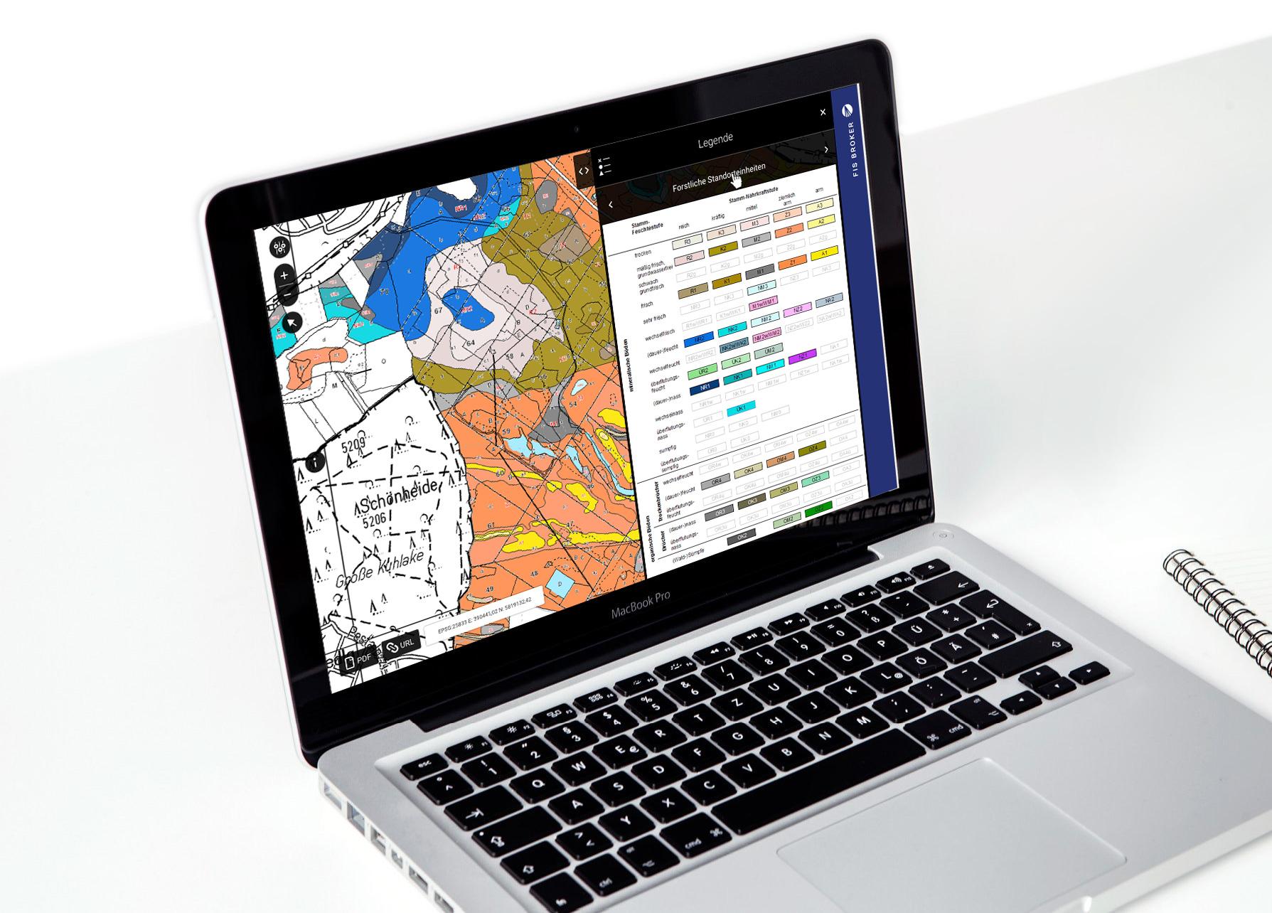 Laptop, bunter Kartenausschnitt