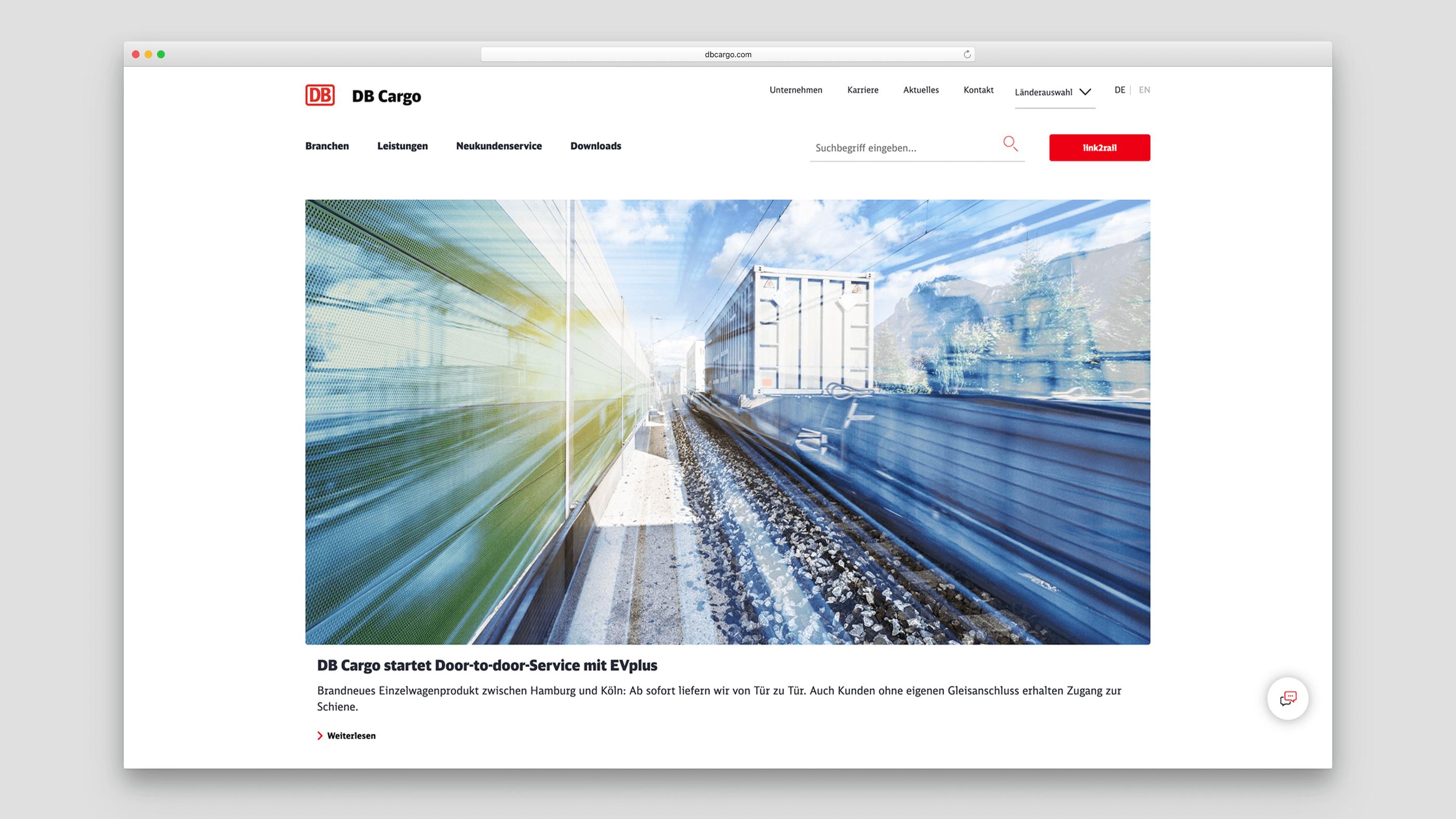 Überlagerung mehrerer futuristischer Bilder von Zügen und Gleis