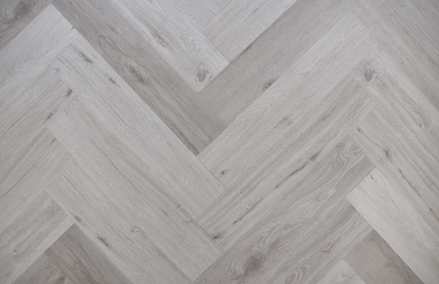 Impervia® Herringbone White Washed Oak