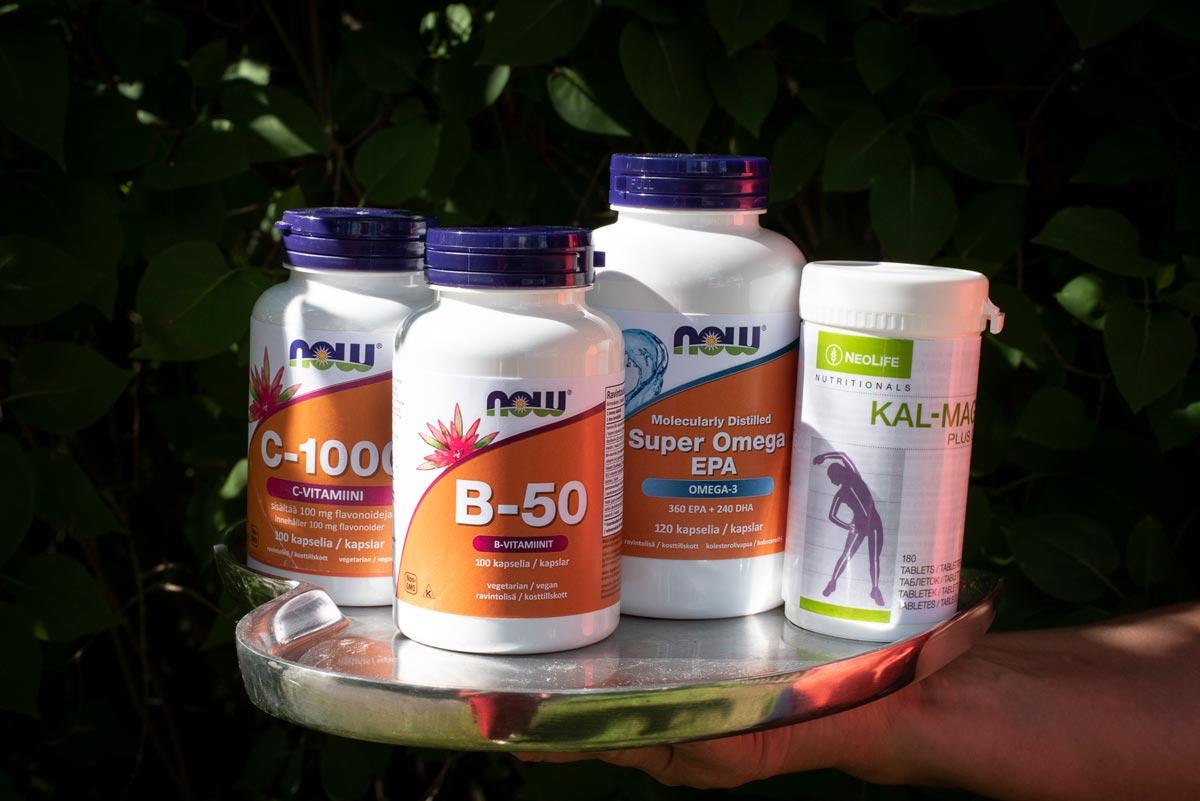 B-vitamiinilisä Now B-50, C-vitamiinilisä Now C-100, Now Super Omega EPA Omega-3, Nellie Kal-Mag Plussa, Balanssi, Fysioterapia, Osteopatia,Härmä