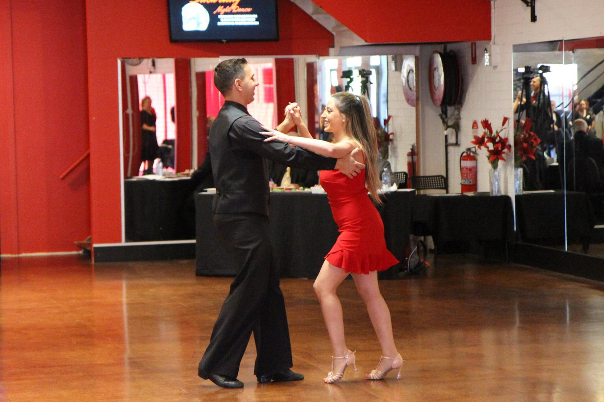 Do you want to teach Ballroom, Latin, Street Latin & New Vogue dancing?