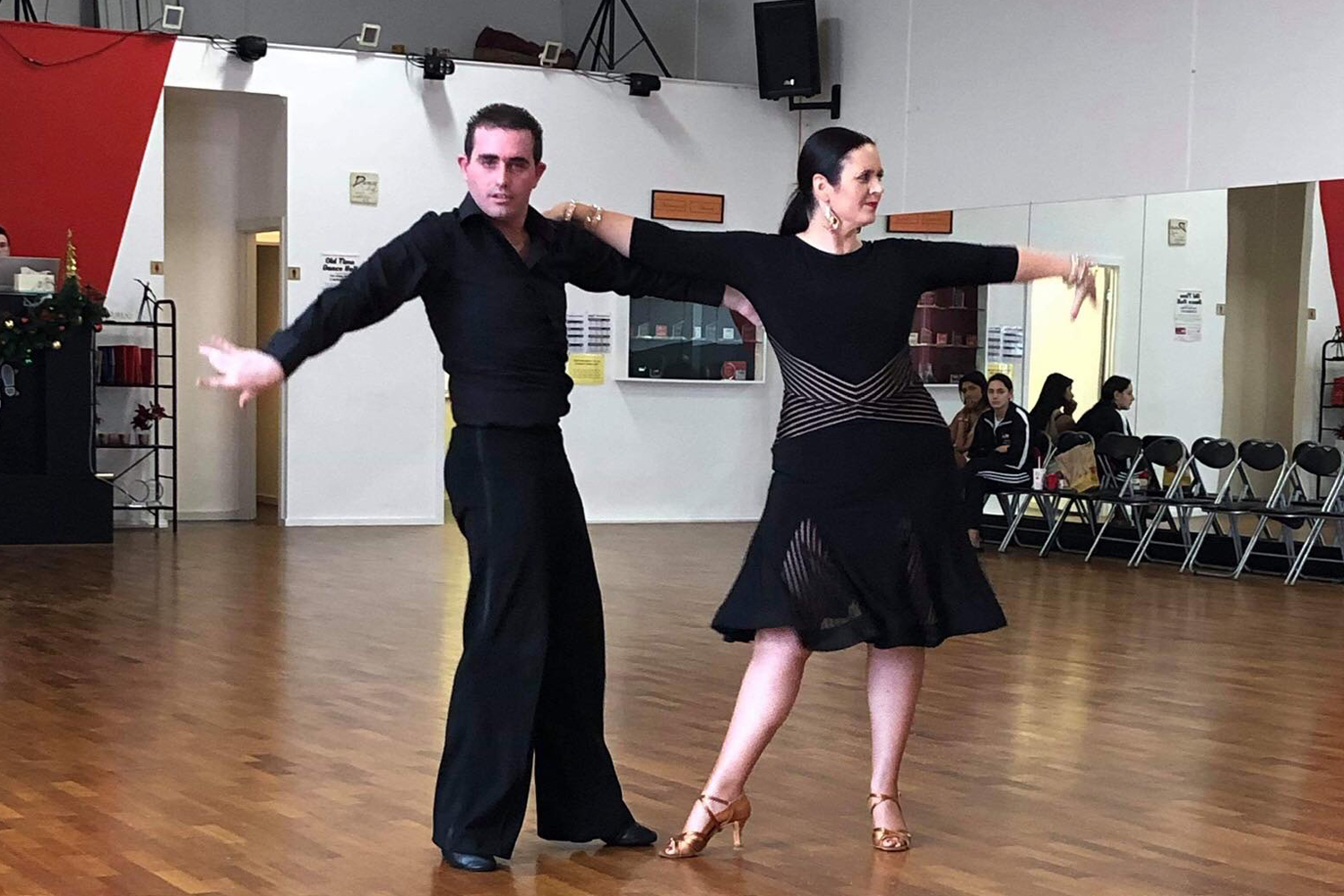 Adult Learn to Dance Ballroom classes