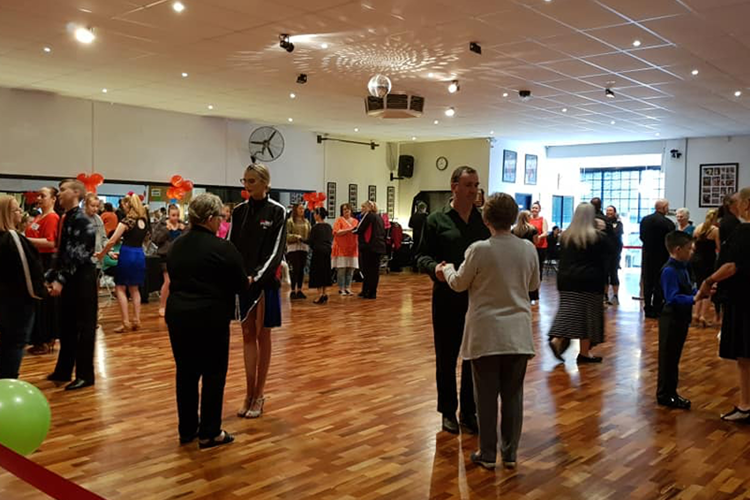 Adult Learn to Dance Ballroom, New Vogue, Latin American and Street Latin