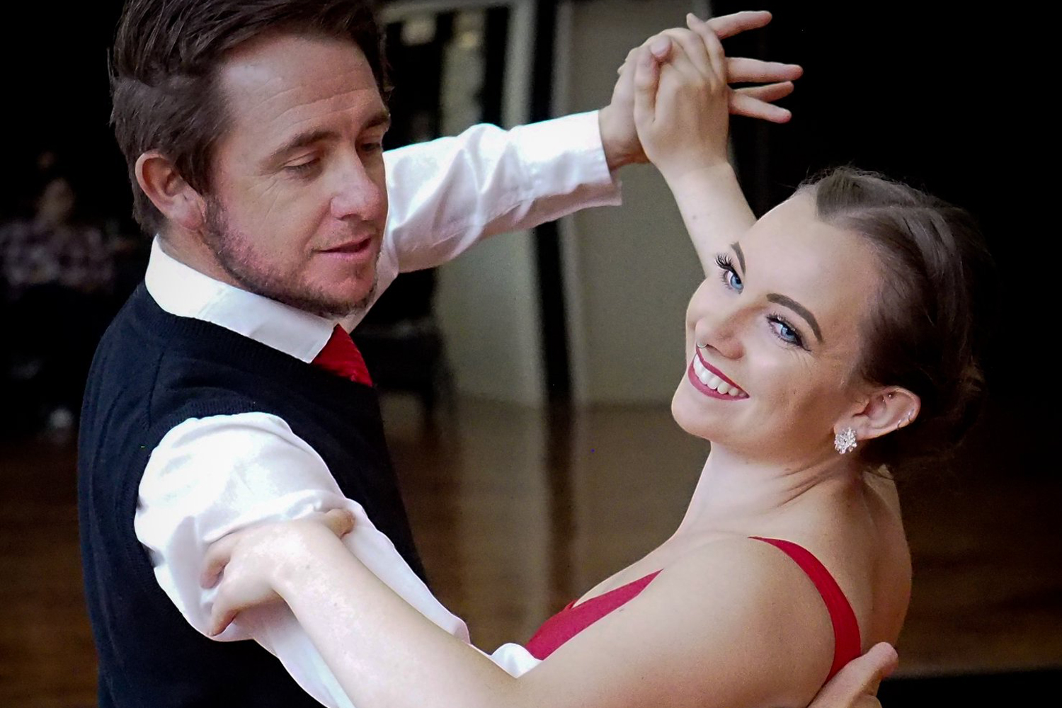 Adult Ballroom dance classes and private lessons
