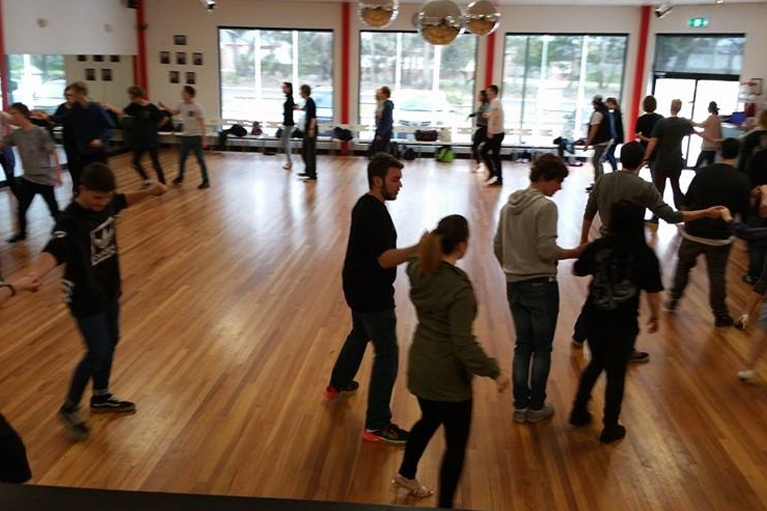 Adult learn to dance and social dance classes