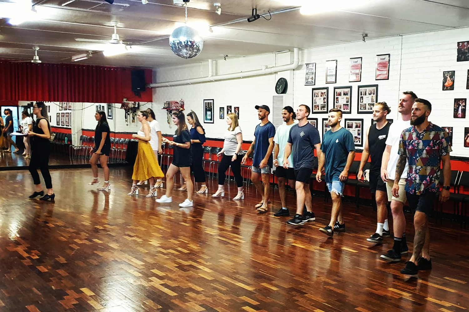 Adults learn to dance Ballroom, New Vogue, Latin and Street Latin classes