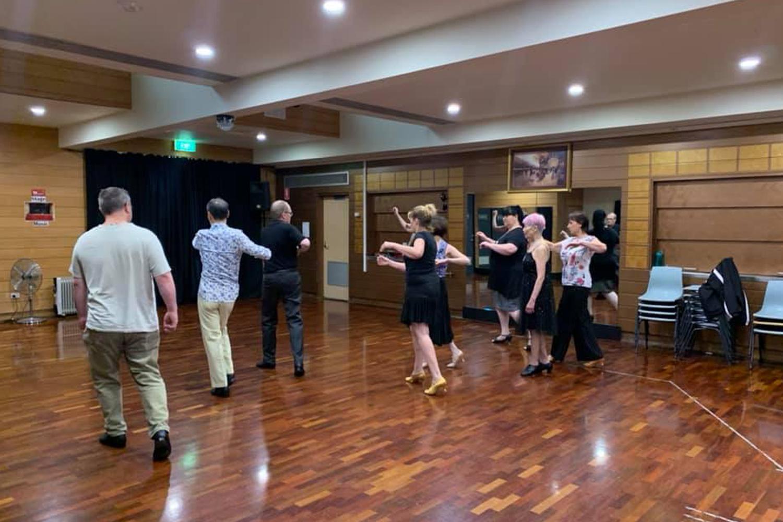 Fun, friendly adult ballroom dancing classes