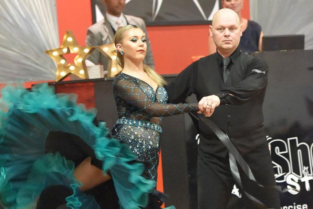 New Vogue and Modern Ballroom classes at MarShere Pakenham