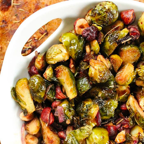 Maple & Balsamic Brussel Sprouts with Rosemary & Hazelnut (Approx 300-600G) Serves 4:5