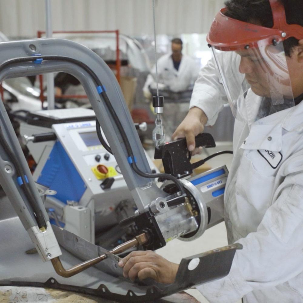 Collision Repair, Cerna Collision