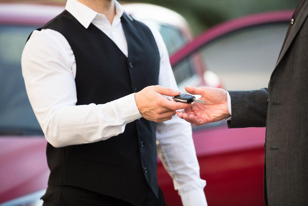 valet keys hand off