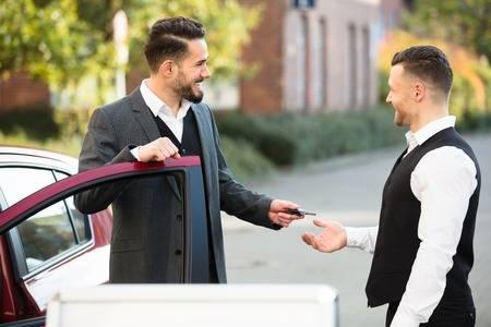 valet service hand off