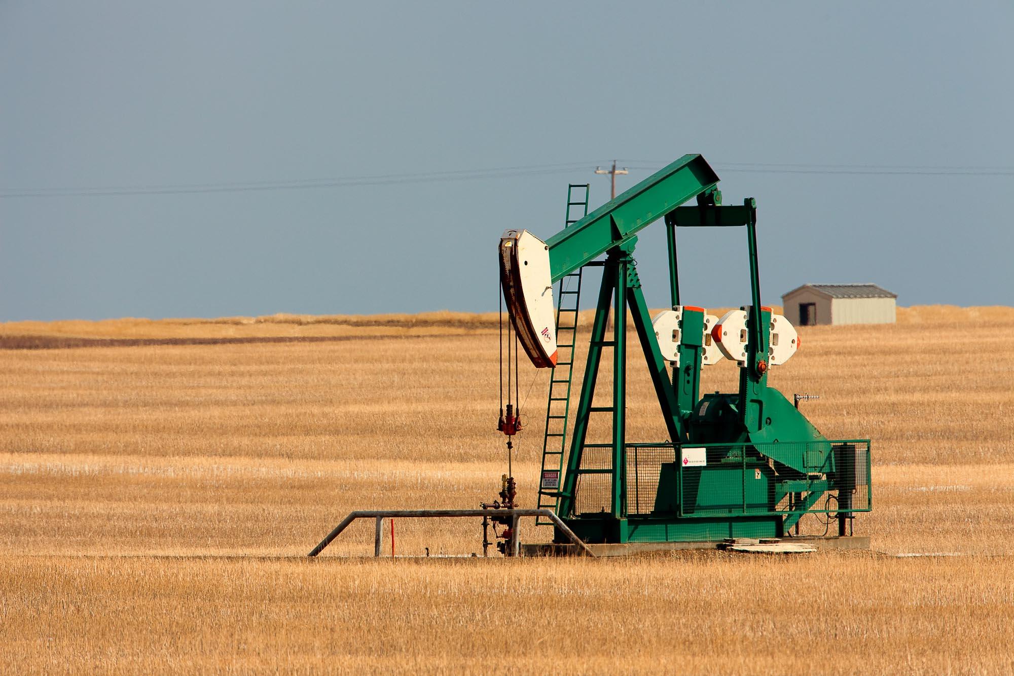3Q 2021 Oil & Gas Equity Data Book