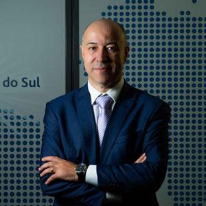 Prof. Carlos Fernando