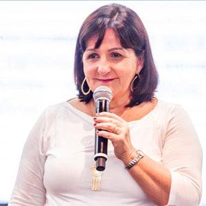 Profa. Cristina Mendonça