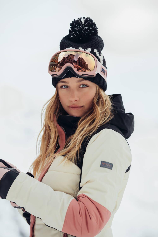 Roxy Snowwear 2