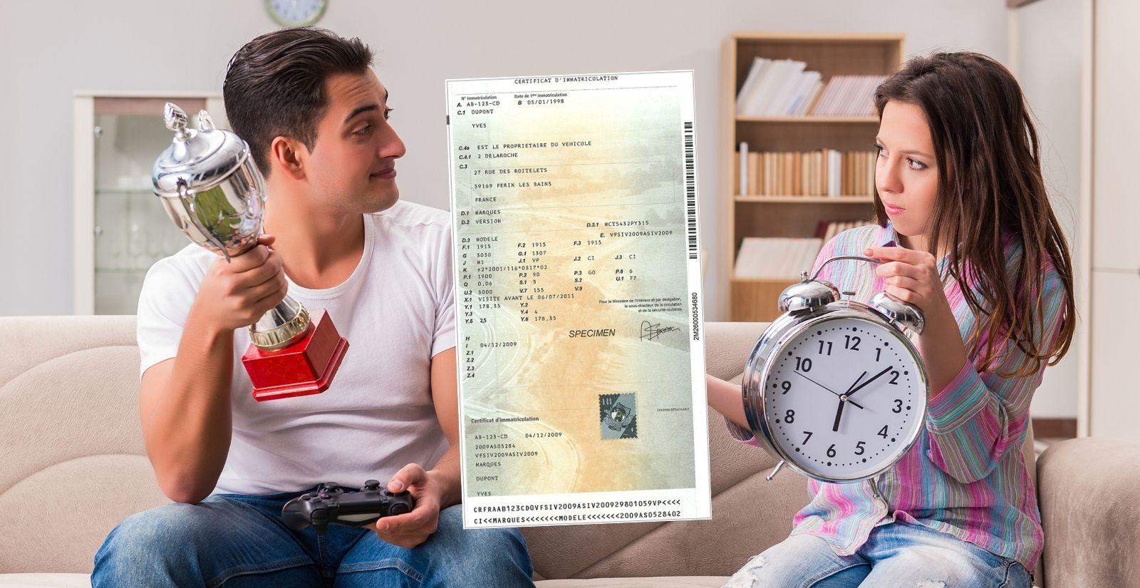 Changement titulaire / nom carte grise : quel délai ?