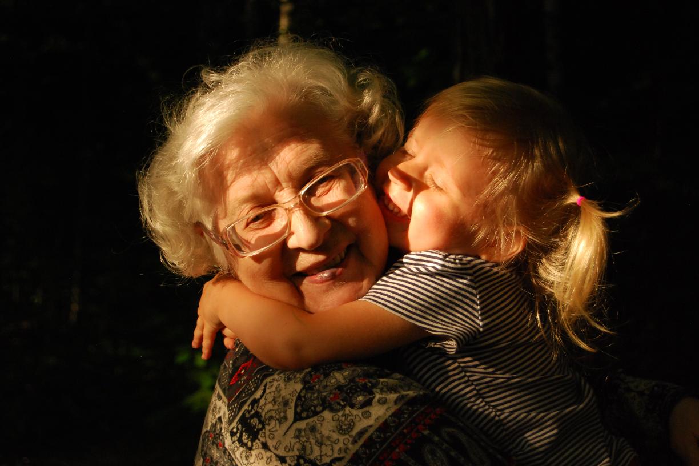 Les grands-parents plus proches de leurs petits enfants