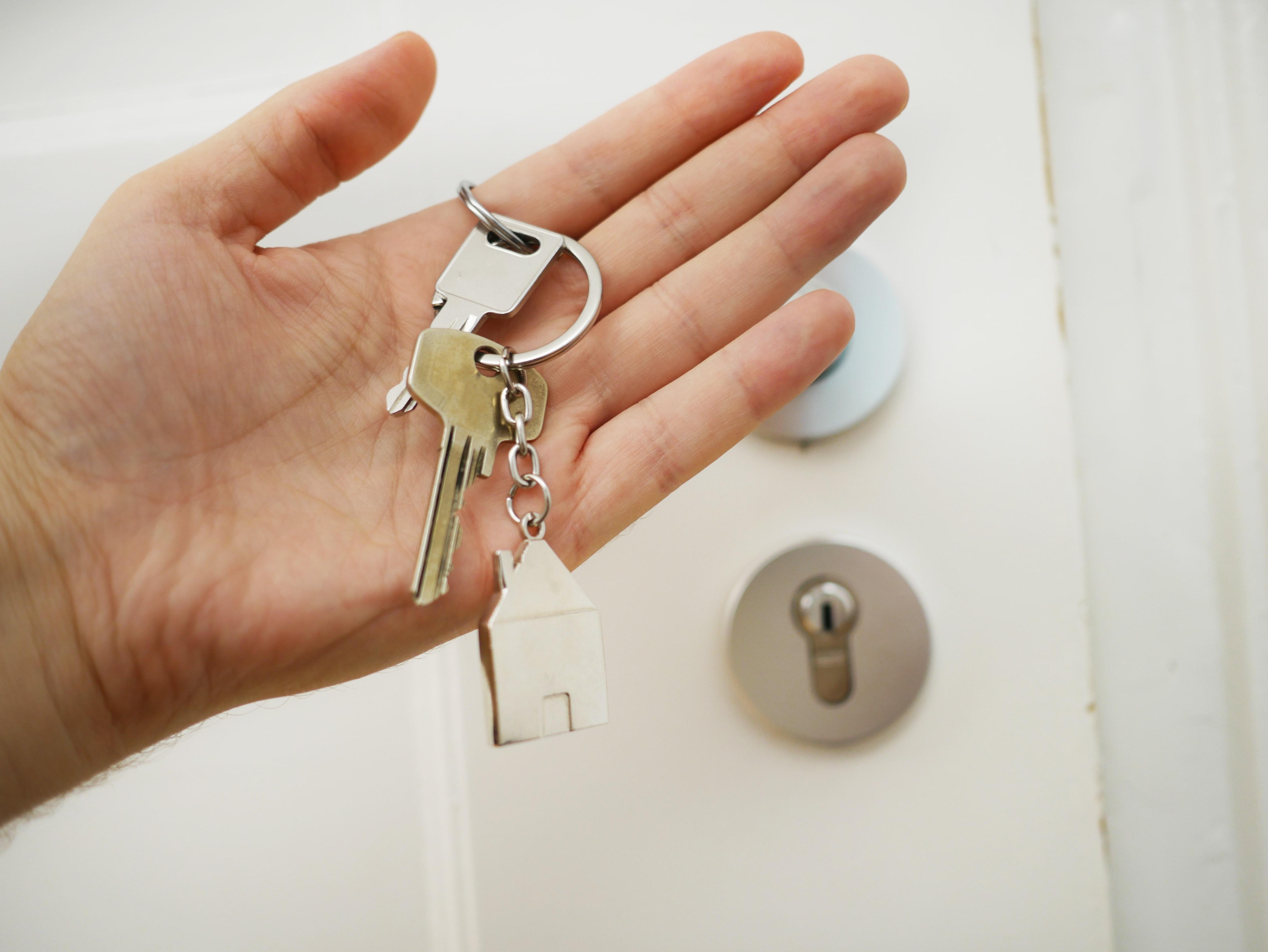 Est-il mieux de louer un logement vide ou meublé ?