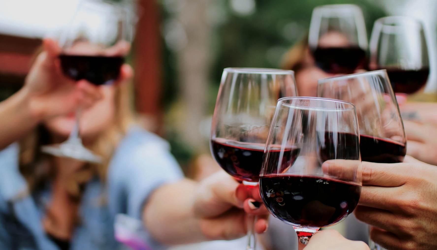 Boire du vin à bordeaux : 10 adresses incontournables