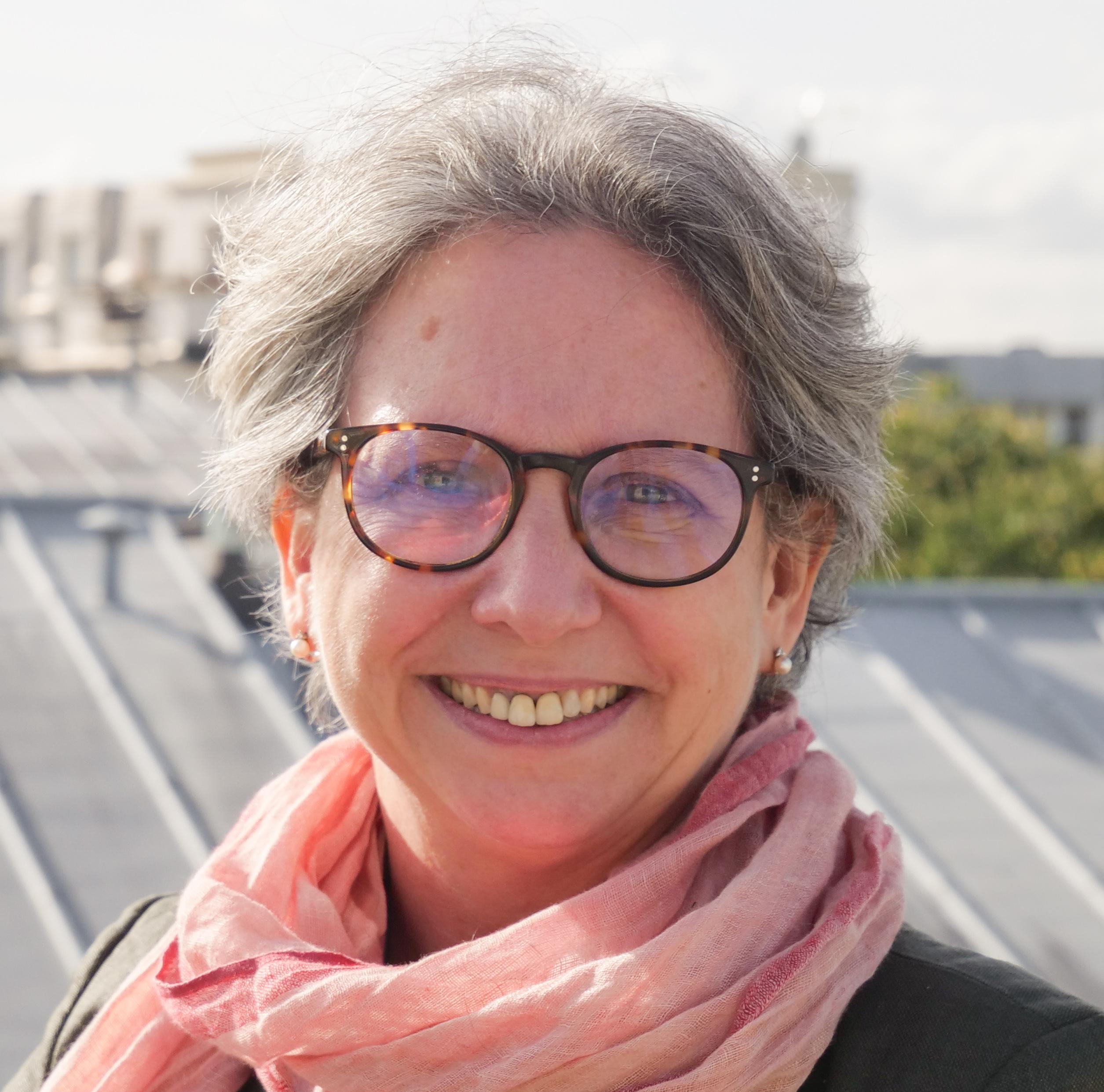 Angela Isamat