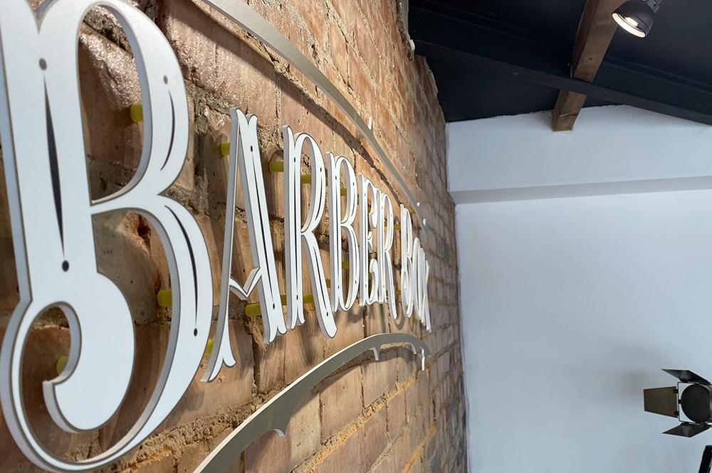 3D cut signage lettering