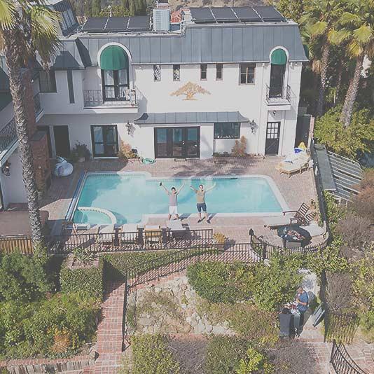 Villa mit Pool und zwei Personen in Los Angeles