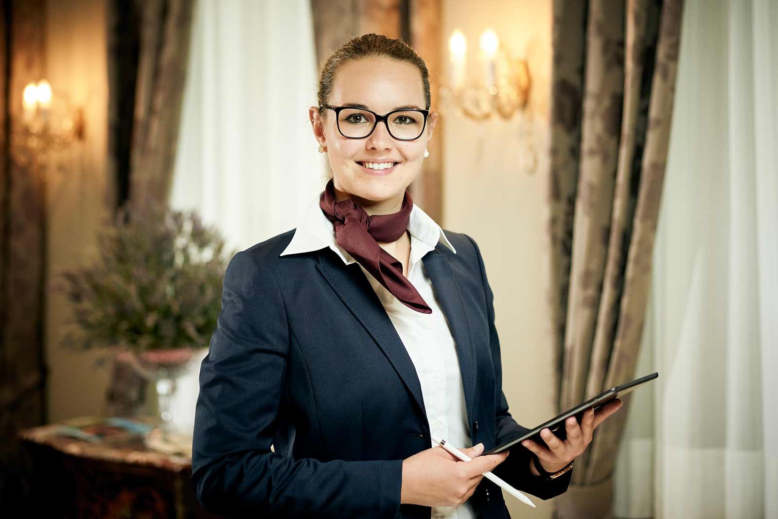 Lisa Lauener Chef de Reception