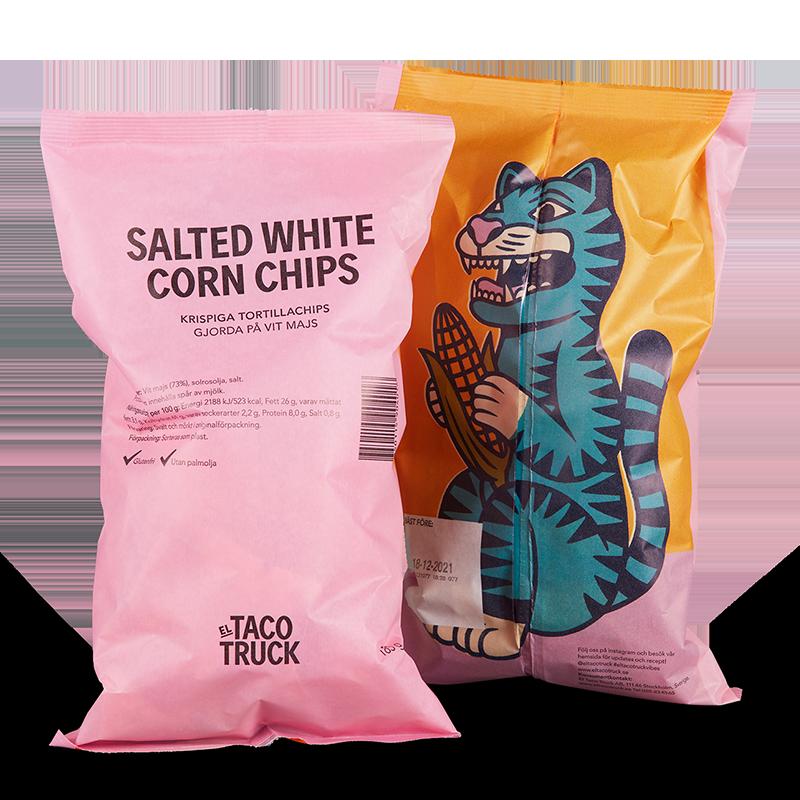 Krispiga, glutenfria och saltade chips med lite grövre karaktär gjorda på vit mald majs.