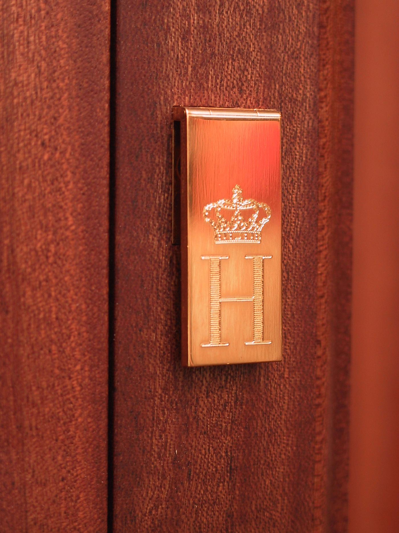 Commission - Cabinets for Prins Henrik of Denmark