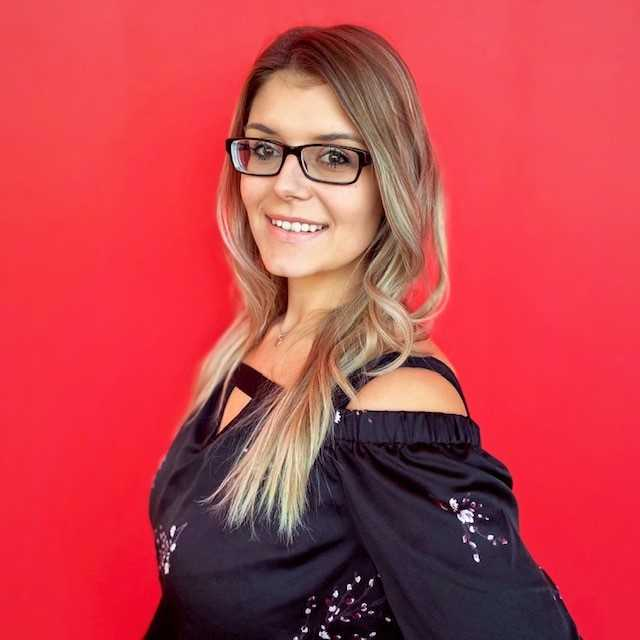 Headshot of Briana Beniot