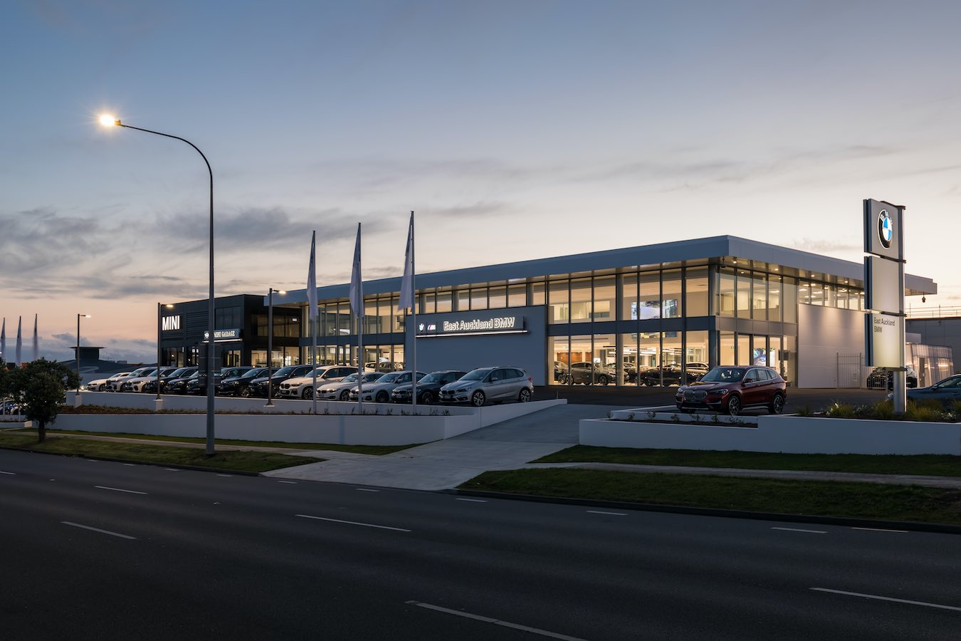 East Auckland BMW & Mini Garage. Te Irirangi Dr, Botany, Auckland