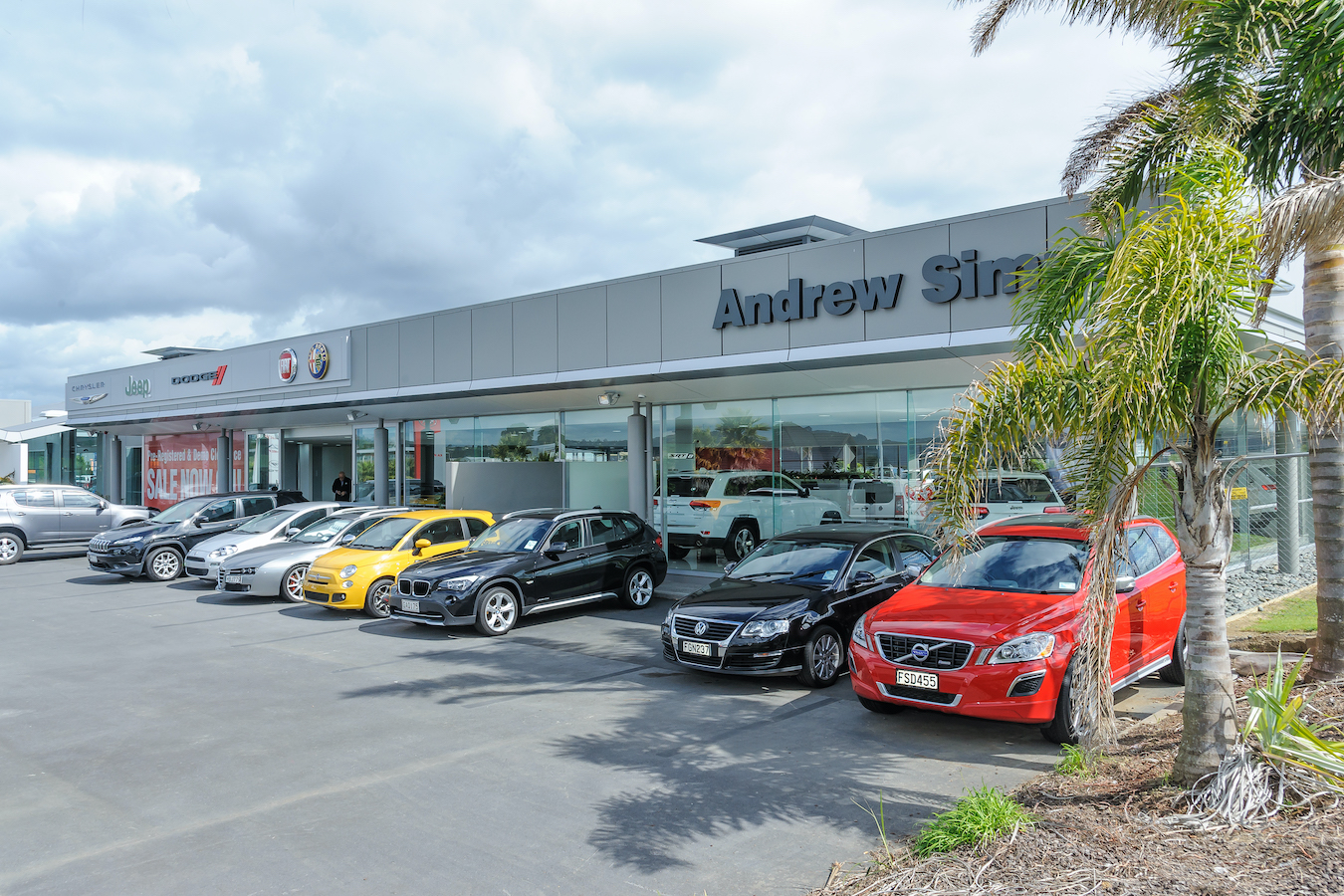 Andrew Simms Dealership - Refurbishment & Fitout