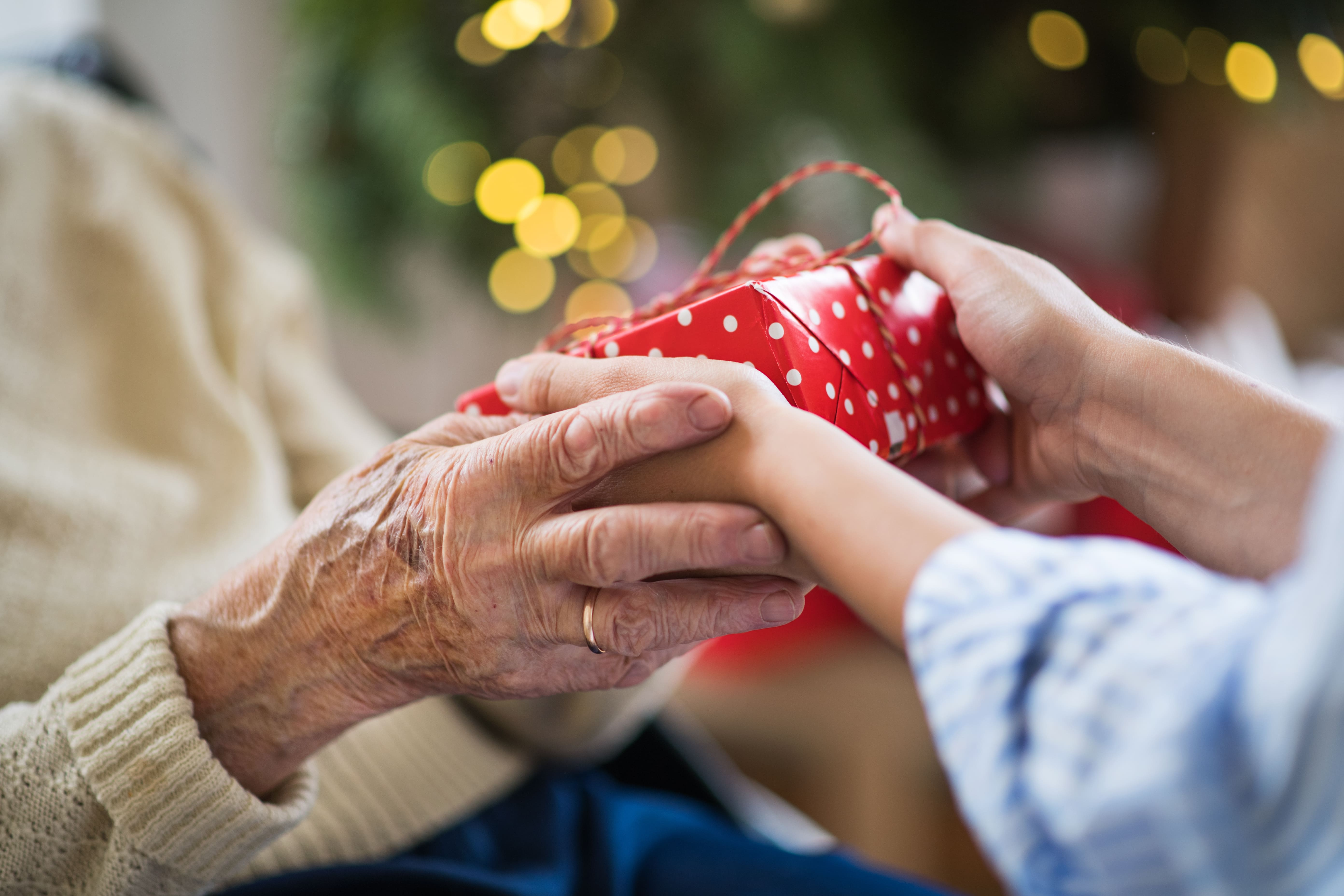 Gift Ideas for Seniors in Assisted Living Communities