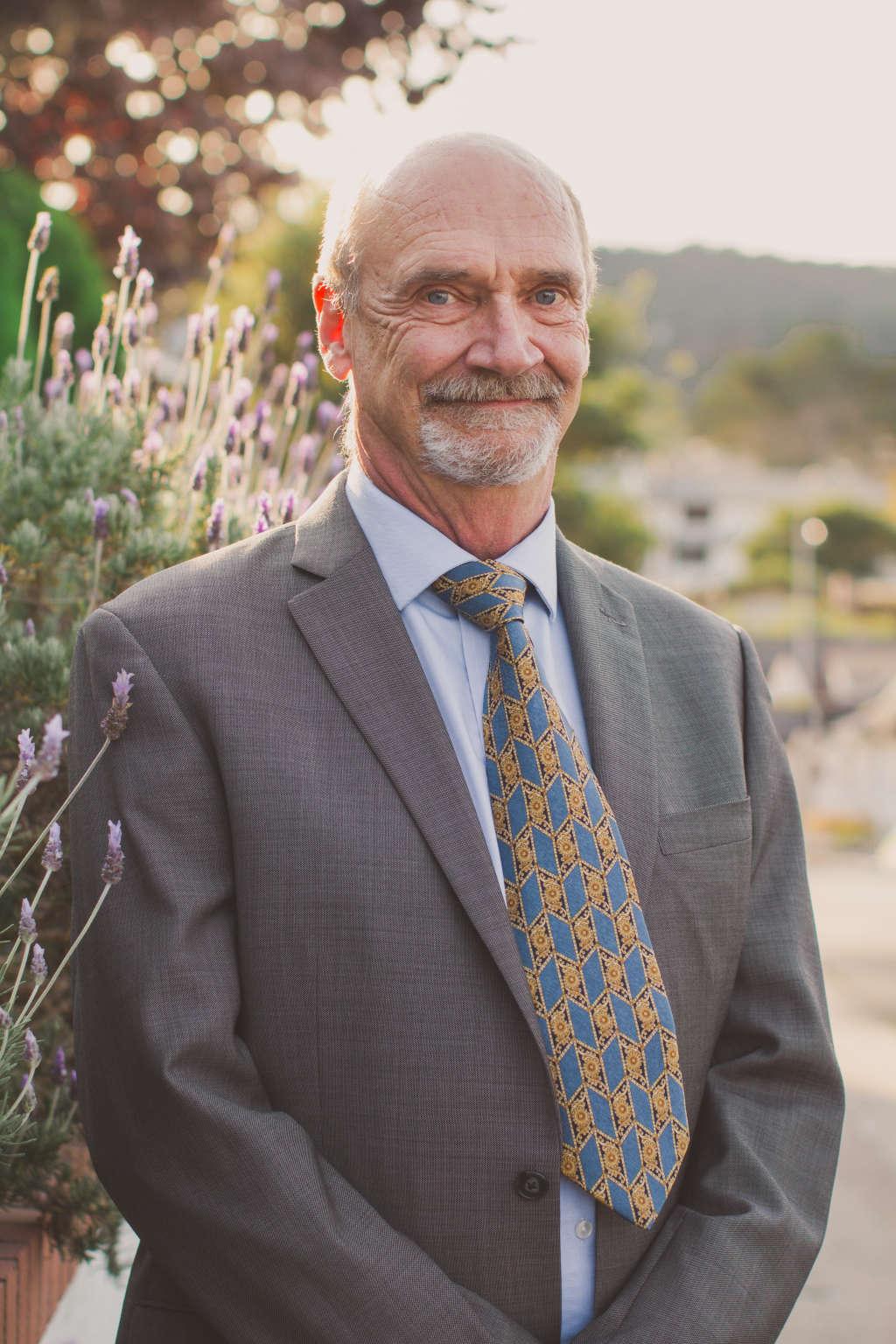 Dr. James Owen