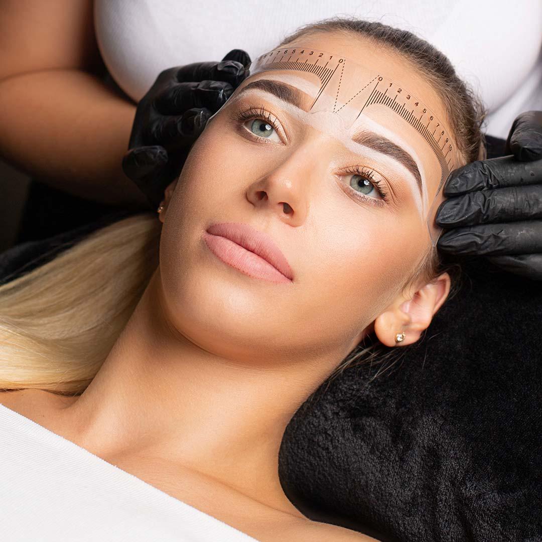 Ombrebrows und Powderbrows bei Caka Cosmetics in Mannheim! Die neuste Pigmentiertechnik aus den USA! Melde dich jetzt und informier dich bei uns!