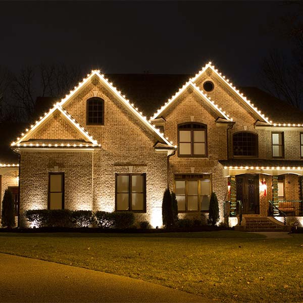Holiday lighting by Higher Ground Lawn Care & Lighting, North Dallas