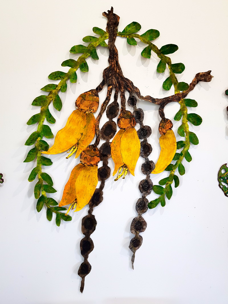 Kowhai Canvas & Wire Sculpture