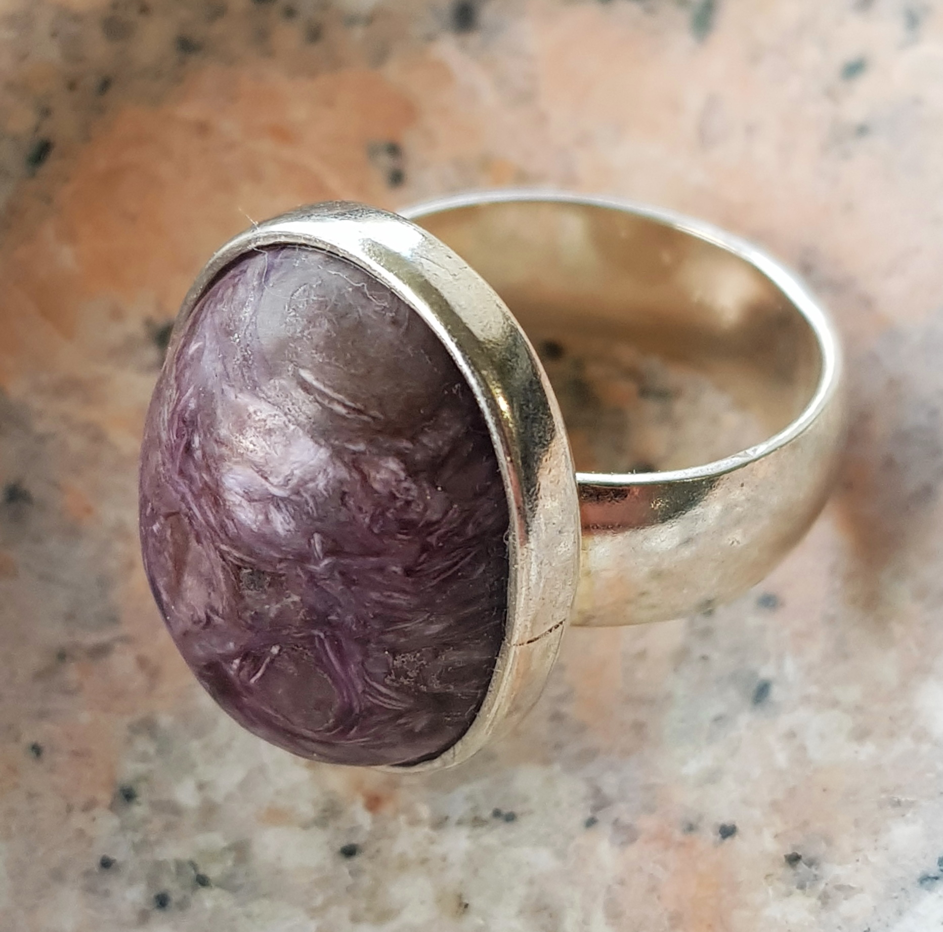 Purple Oval Ring-Charlote
